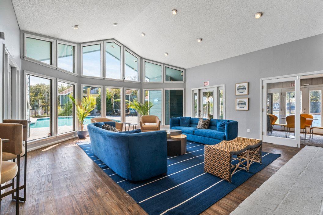 Hawthorne Westside Resident Lounge