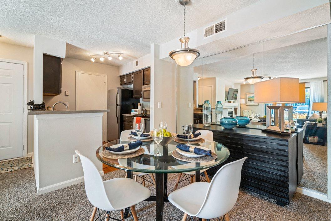 Hawthorne Westside Dining Room