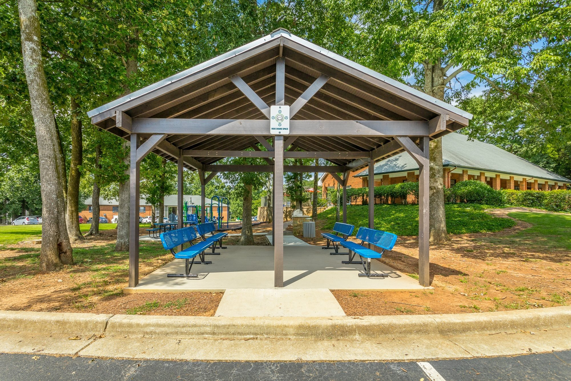 Outdoor Picnic Pavilion at Hawthorne at the Ridge in Madison, AL