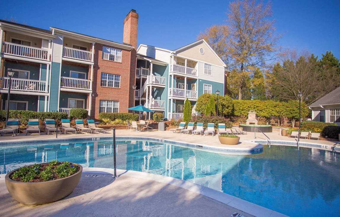 Resort Style Sparking Swimming Pool at Hawthorne at the Park in Greenville South Carolina