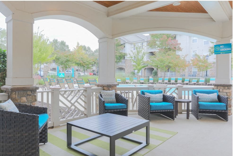 Outdoor lounge at Hawthorne at the Meadows