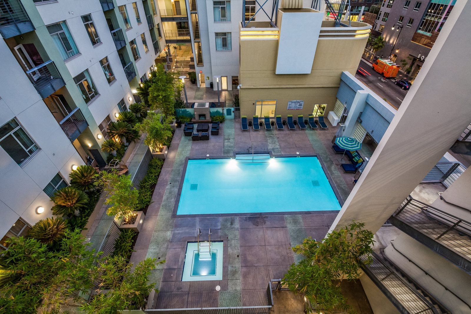 Relaxing Community in heart of the city at Sunset and Vine, 1555 Vine Street, CA