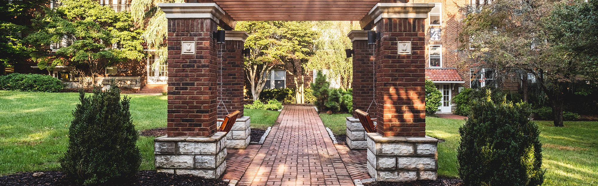 Hayes House - Exterior landscape and pergola with walkway