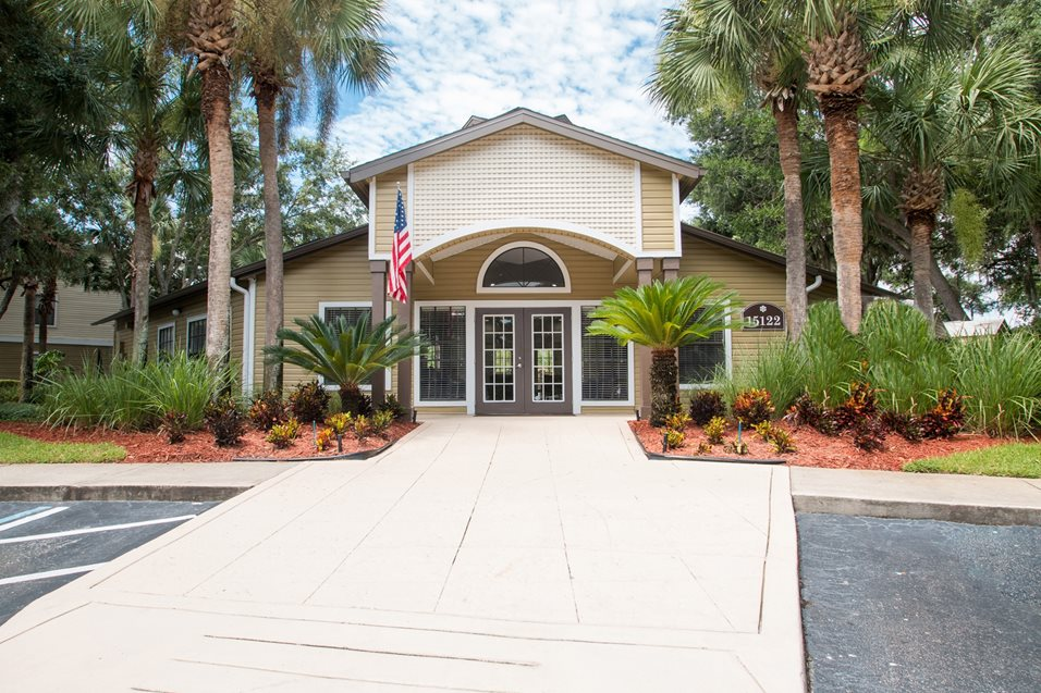 Photos and Video | Country Gardens Apartments | Concord Rents ...