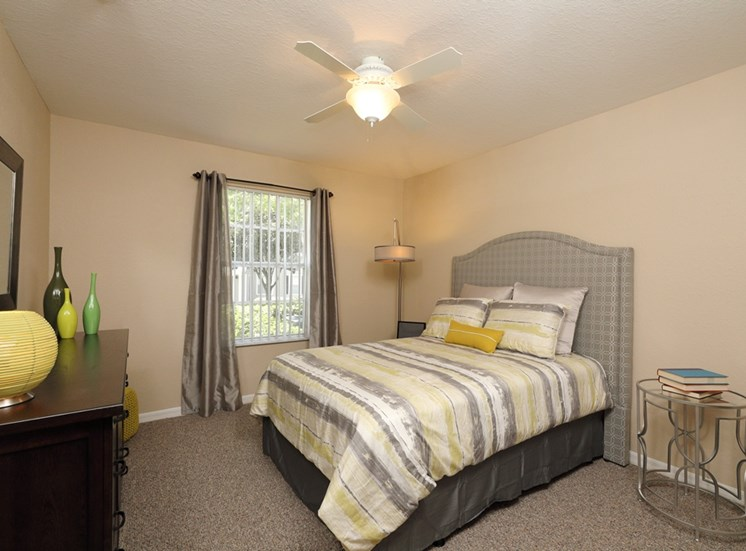 Cambridge Cove Apartments for rent in Lakeland, FL. Make this community your new home or visit other Concord Rents communities at ConcordRents.com. Bedroom