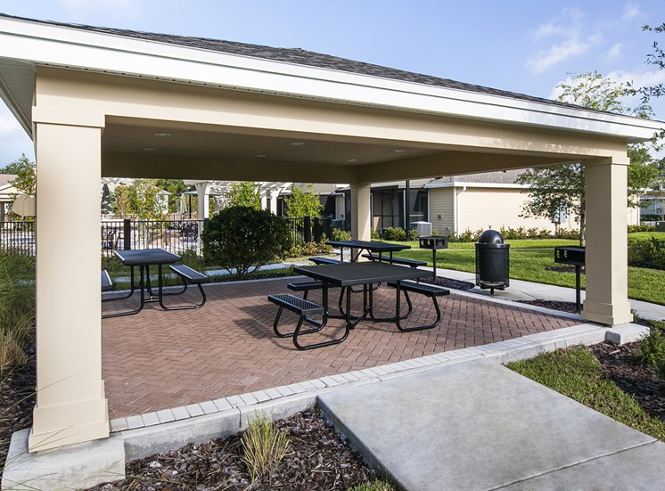 Fountains at Pershing Park Apartments for rent in Orlando, FL. Make this community your new home or visit other Concord Rents communities at ConcordRents.com. Picnic area