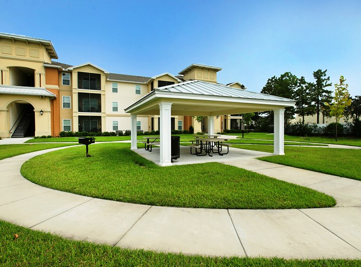 Fountains at San Remo Court Apartments for rent in Kissimmee, FL. Make this community your new home or visit other Concord Rents communities at ConcordRents.com. Picnic area