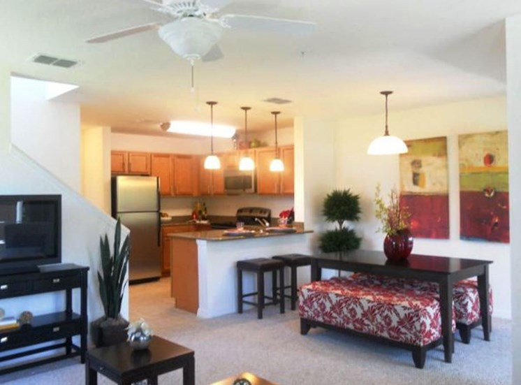 Howell Branch Cove Apartments for rent in Winter Park, FL. Make this community your new home or visit other Concord Rents communities at ConcordRents.com. Dining room