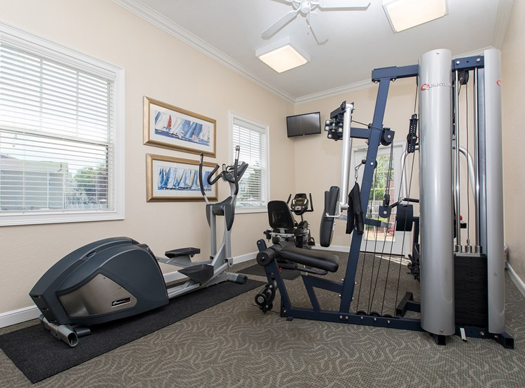 Fitness Center at Lake Harris Cove, for more communities, visit Concord Rents at ConcordRents.com