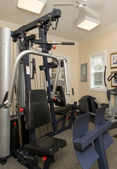 Lake Harris Cove Apartments for rent in Leesburg, FL. Make this community your new home or visit other Concord Rents communities at ConcordRents.com. Fitness center