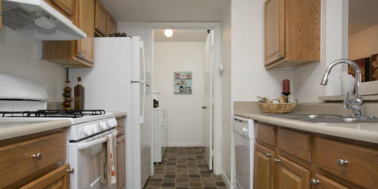 Apartments In Brandon Fl Lakewood Shores Apartments Concord