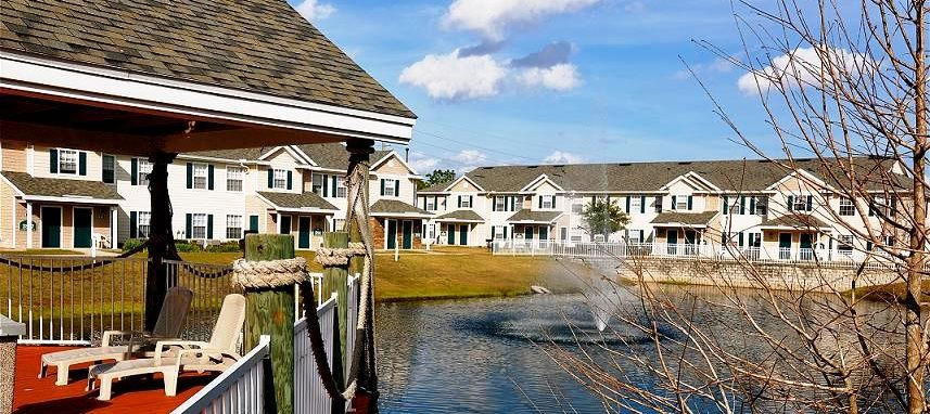 Regatta Bay Apartments for rent in Kissimmee, FL. Make this community your new home or visit other ConcordRENTS communities at ConcordRENTS.com. Lake view