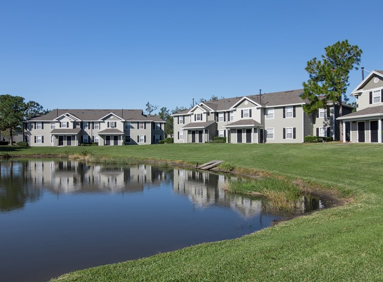 Venue at Lockwood Apartments for rent in Bradenton, FL. Make this community your new home or visit other ConcordRENTS communities at ConcordRENTS.com. Lake view
