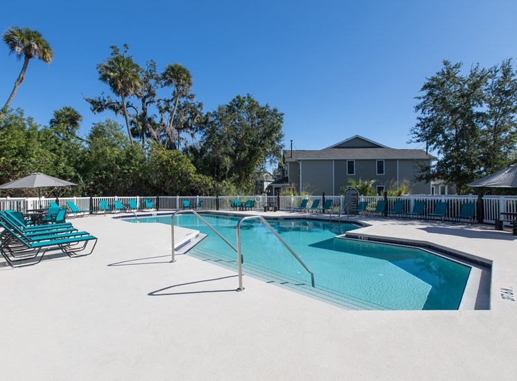 Venue at Lockwood Apartments for rent in Bradenton, FL. Make this community your new home or visit other ConcordRENTS communities at ConcordRENTS.com. Resort-style pool