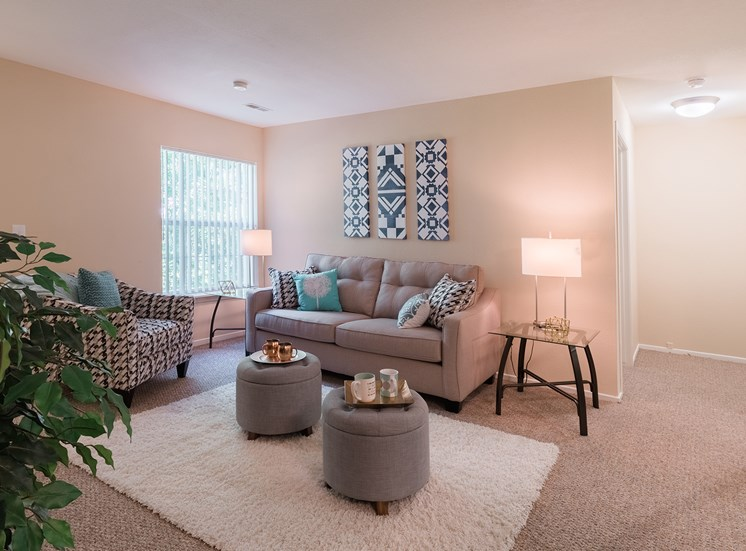 Sunrise Pointe Apartments for rent in Port Orange, FL. Make this community your new home or visit other Concord Rents communities at ConcordRents.com. Living room