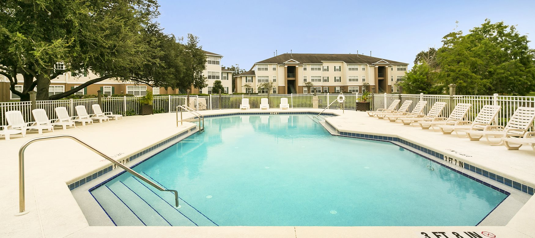 University Club Apartments for rent in Sarasota, FL. Make this community your new home or visit other ConcordRENTS communities at ConcordRENTS.com. Resort-style pool