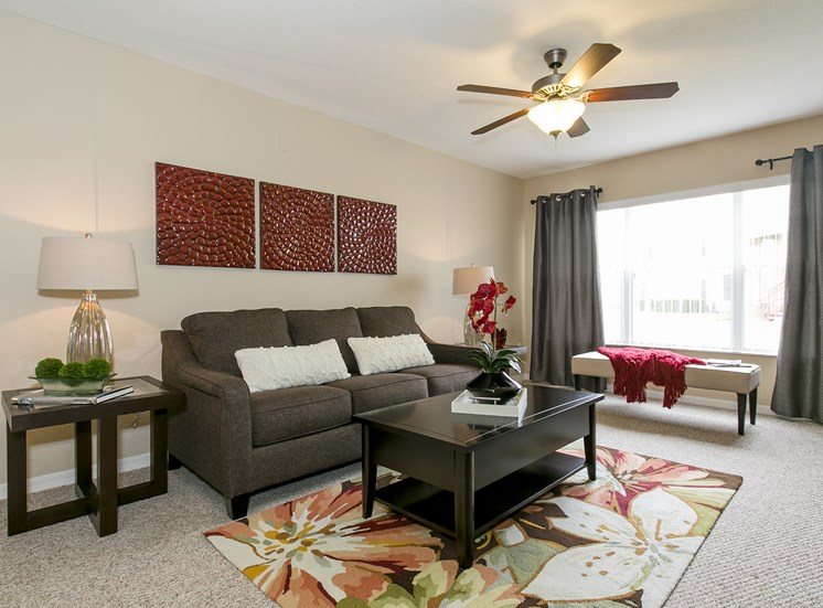 Somerset Club Apartments for rent in Cartersville, GA. Make this community your new home or visit other ConcordRENTS communities at ConcordRENTS.com. Living room