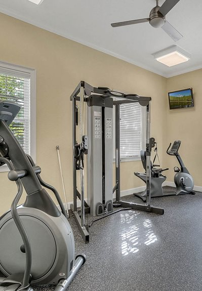 Spring Lake Cove Apartments for rent in Fruitland Park, FL. Make this community your new home or visit other Concord Rents communities at ConcordRents.com. Fitness center