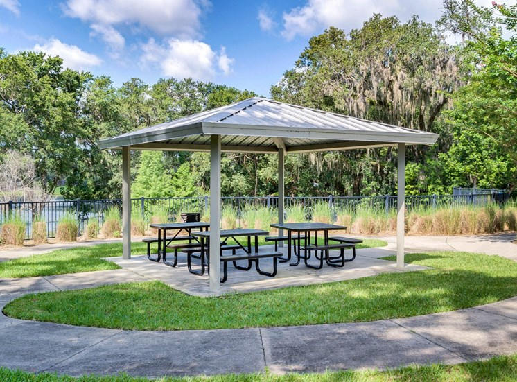 Spring Lake Cove Apartments for rent in Fruitland Park, FL. Make this community your new home or visit other Concord Rents communities at ConcordRents.com. Picnic area