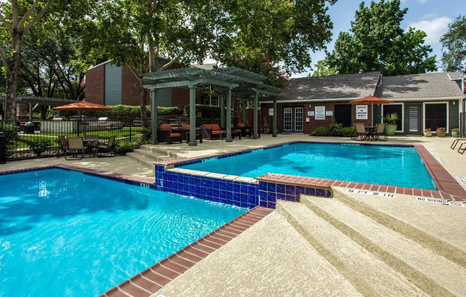 Resort Style Sparkling Swimming Pool at Hawthorne at the District in Austin, Texas
