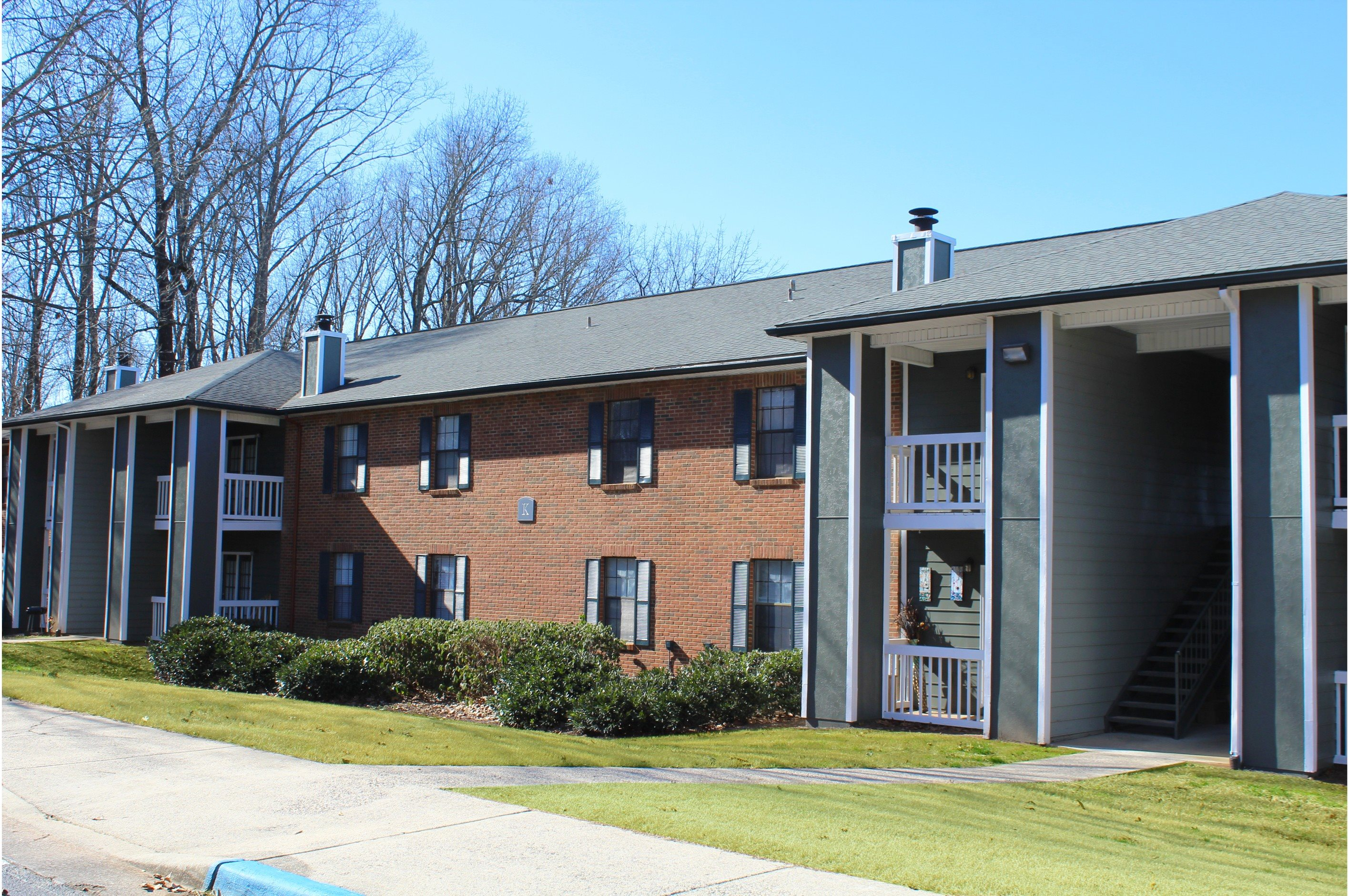 Residential Building Exterior at Hawthorne at the Ridge, Madison, AL 35758