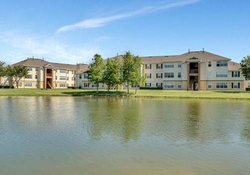 The Villages on Millenia Apartments Community Thumbnail 1
