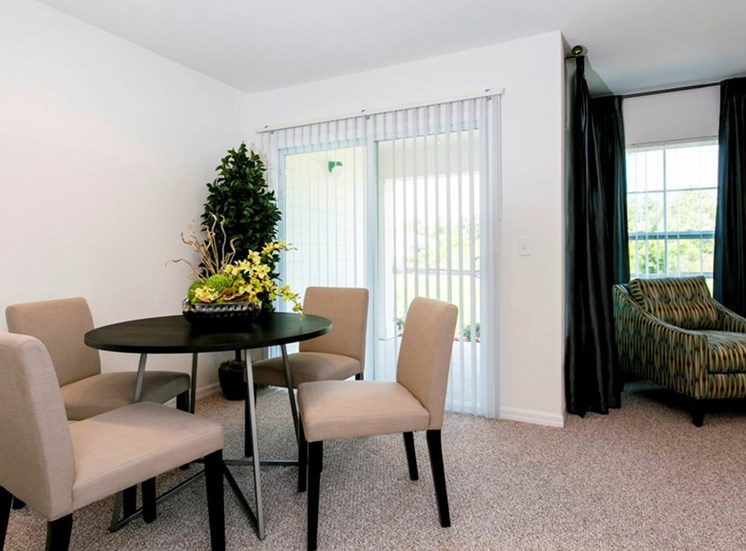 Reserve at Brookhaven Apartments for rent in Palm Coast, FL. Make this community your new home or visit other Concord Rents communities at ConcordRents.com. Dining room