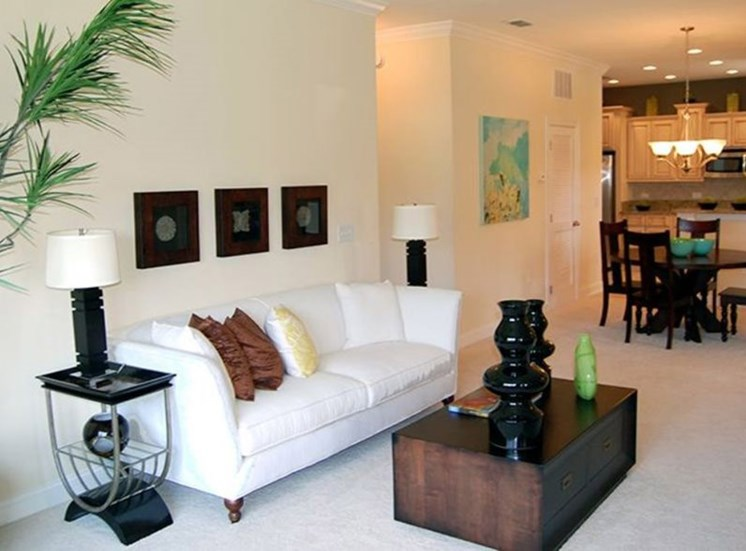 Reserve at Brookhaven Apartments for rent in Palm Coast, FL. Make this community your new home or visit other Concord Rents communities at ConcordRents.com. Living room