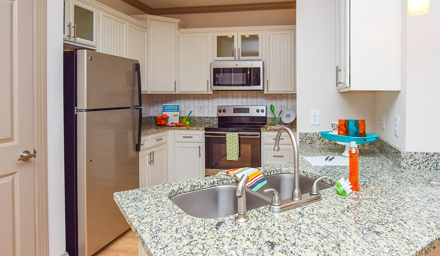 Kitchen at Hawthorne at the Summit, Ooltewah, 37363