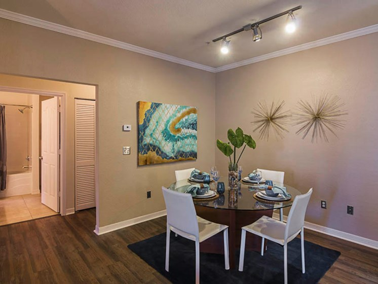 Enders Place at Baldwin Park Dining Area View
