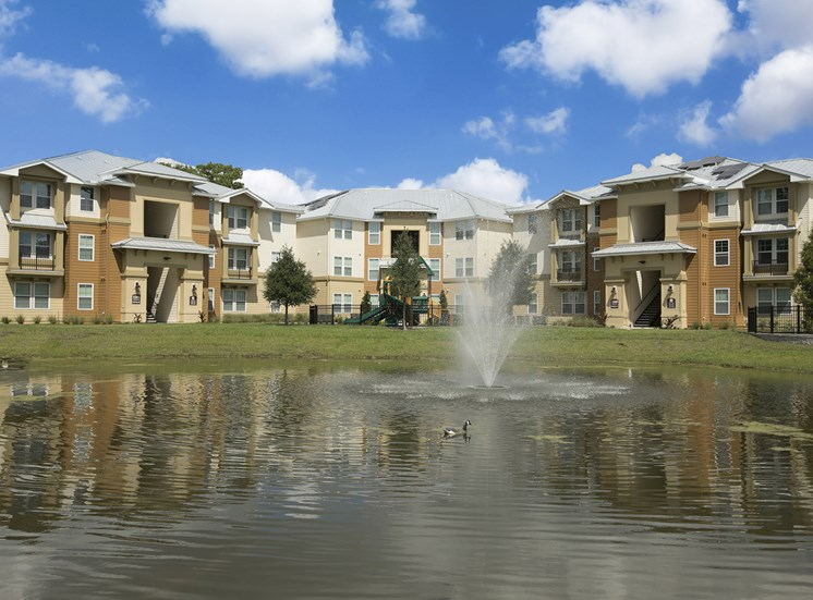 Goldenrod Pointe Apartments for rent in Winter Park, FL. Make this community your new home or visit other Concord Rents communities at ConcordRents.com. Lake view
