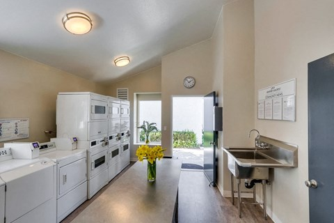 Newport Seacrest Apartments Lifestyle - Laundry Room