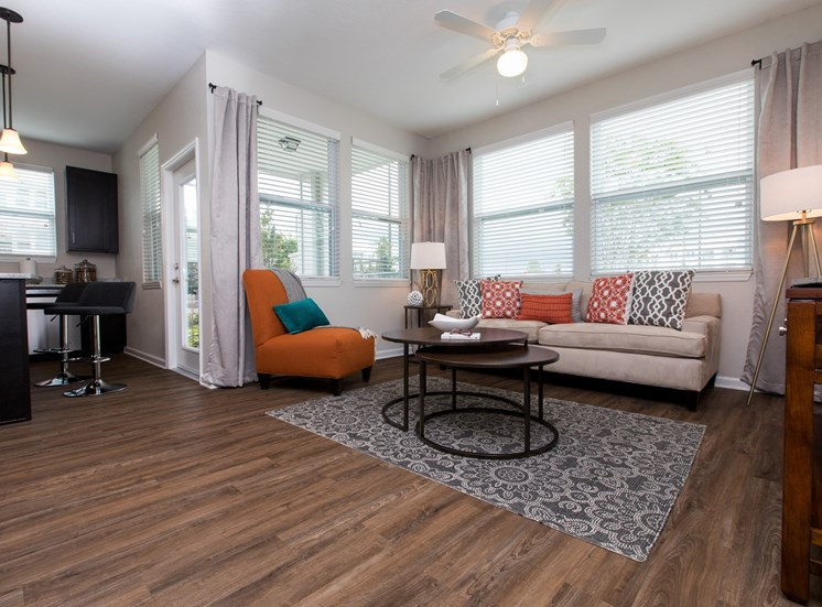 Landstar Village in Orlando, FL near Lake Nona. Make this community your new home or visit other Concord Rents communities at ConcordRents.com. Lixing room