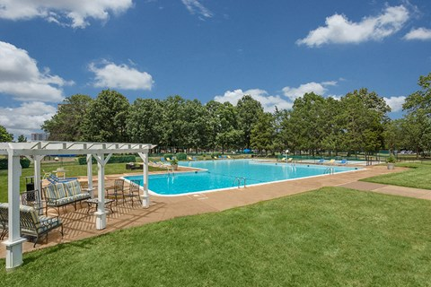 Ashlawn Pool