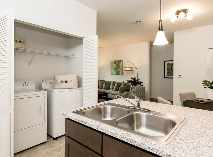 Lexington Court Apartments for rent in Downtown Orlando, FL. Make this community your new home or visit other Concord Rents communities at ConcordRents.com. Kitchen