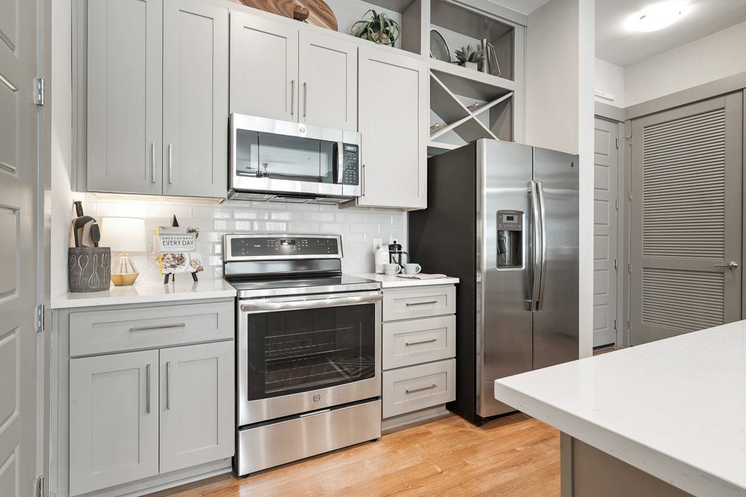 Designer kitchen in grey color scheme hawthorne at friendly