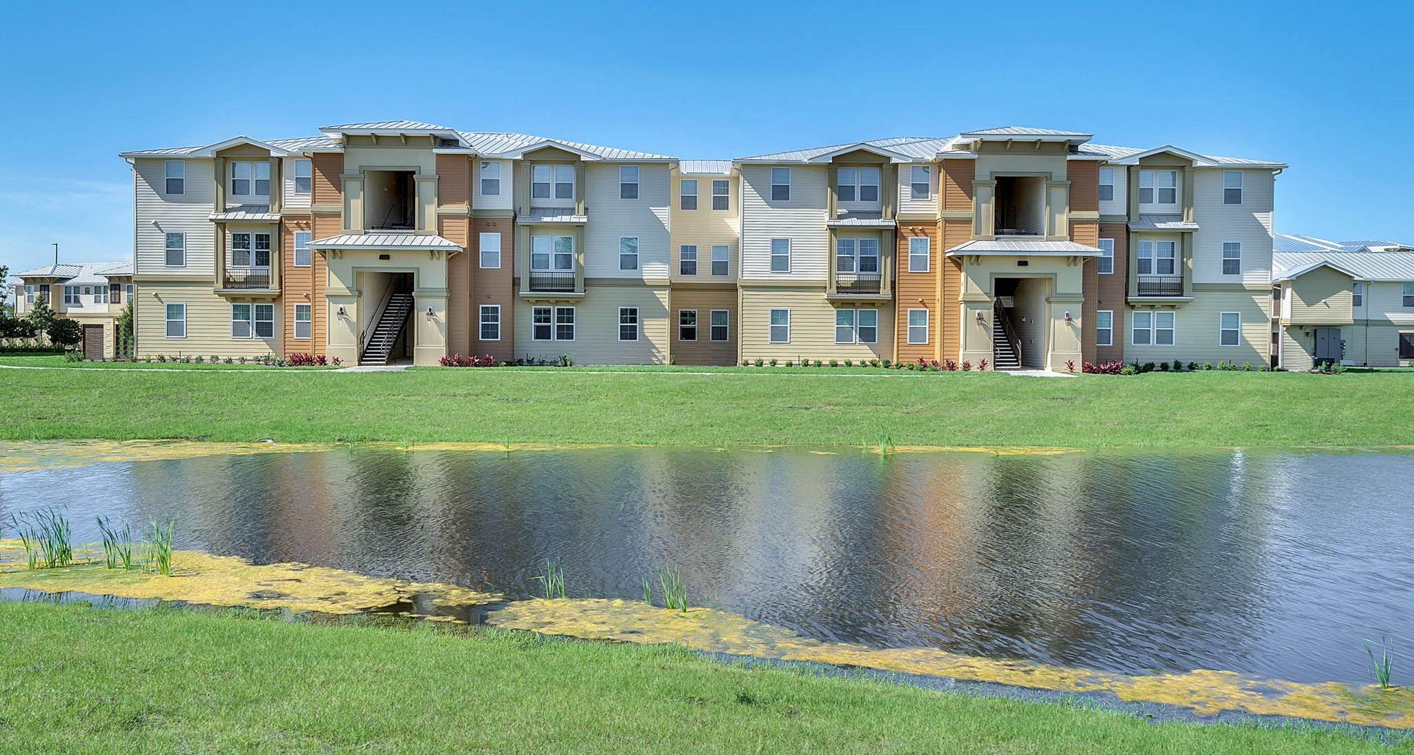 Apartments In Orlando Fl Vista Pines Concord Rents Management Concordrents
