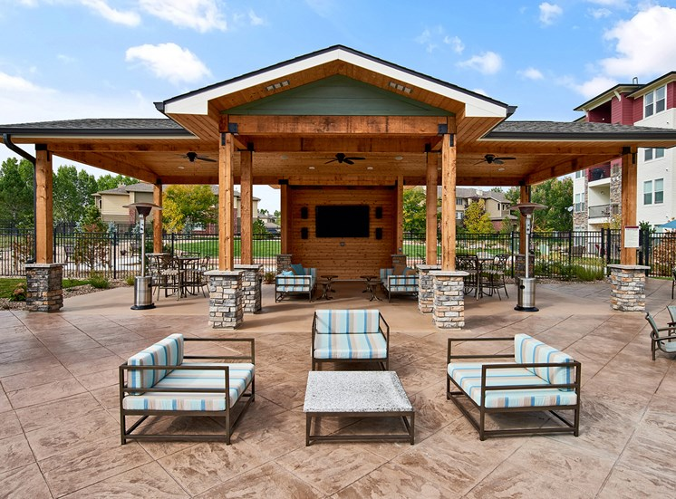Enclave at Cherry Creek - Outdoor kitchen cabana with grilling stations