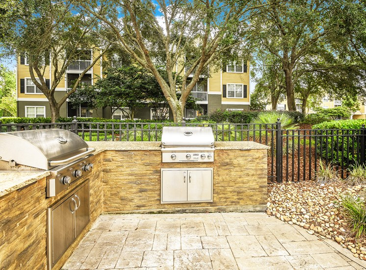 The Colony at Deerwood Apartments grilling station