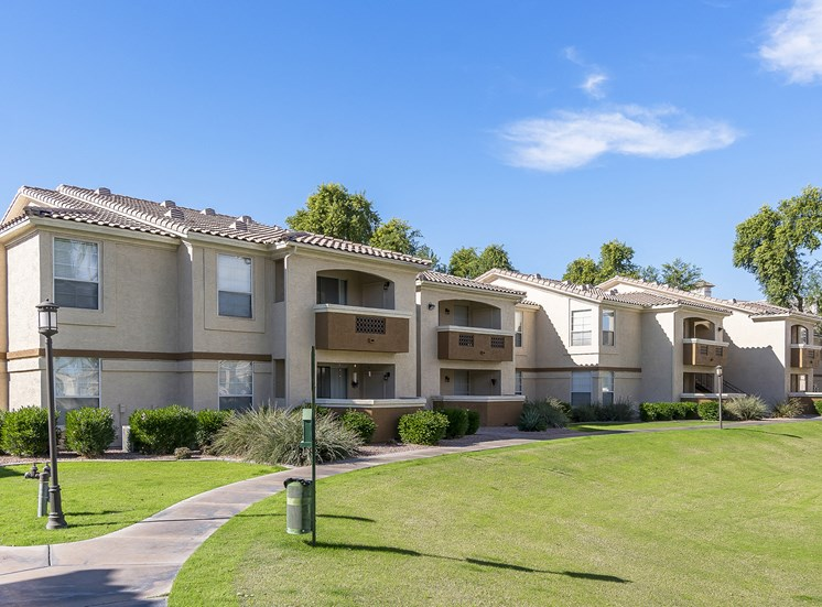 Arrowhead Landing Apartments over-sized patios and balconies