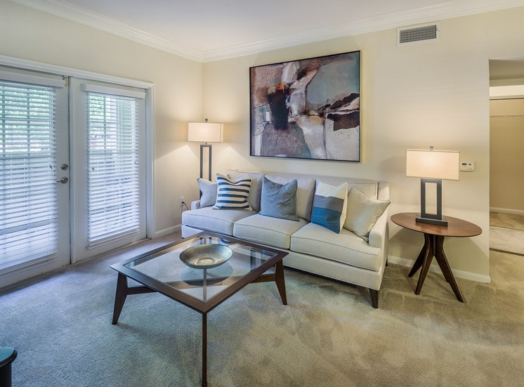 Wildwood Forest - Spacious living room
