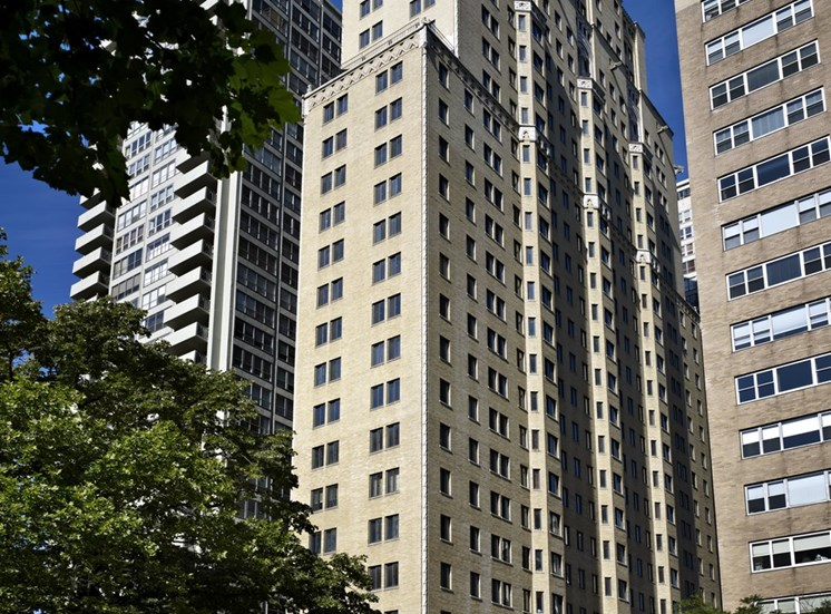 222 Rittenhouse - A historic high-rise building located on Rittenhouse Square