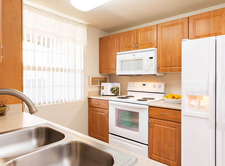 Barton Vineyard Apartments - Spacious kitchens with white appliances