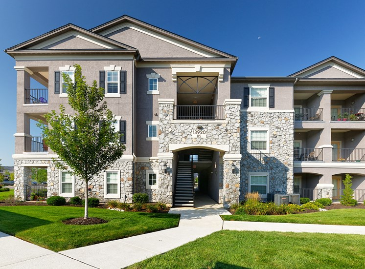 Corbin Greens Apartments - Private patio or balcony in each home