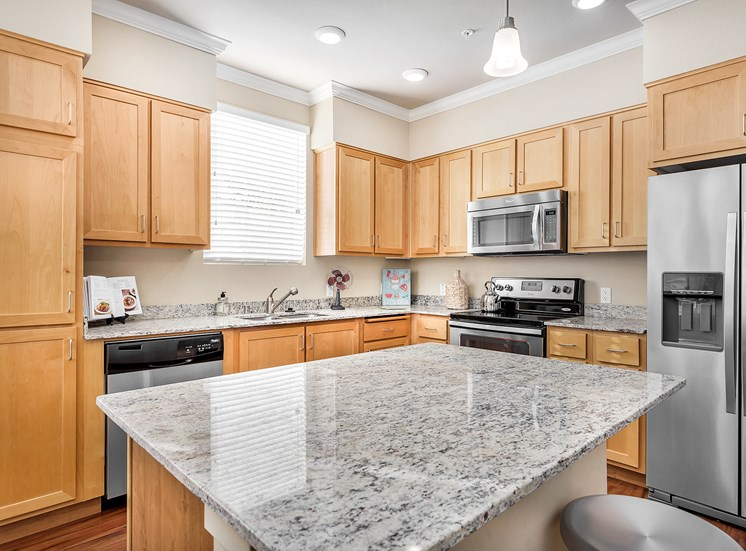 Quinn Crossing Apartments spacious kitchens with granite countertops