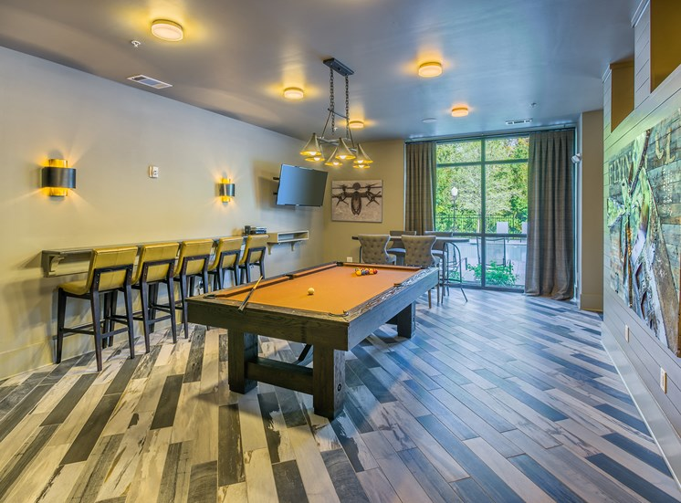 Centre Pointe Apartments billiards room
