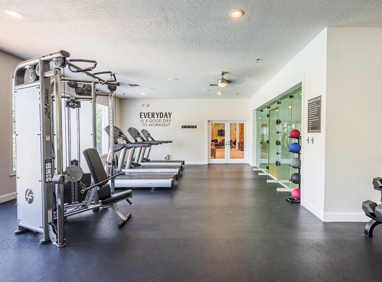 The Vineyards - Well-equipped fitness center
