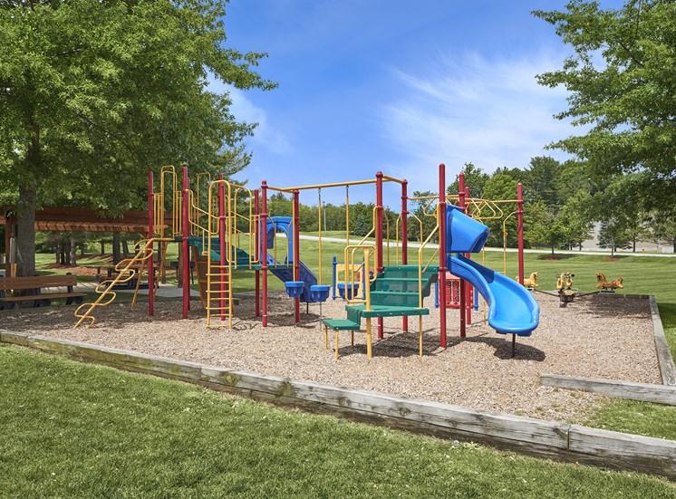 Hampshire Green Apartments - Playground