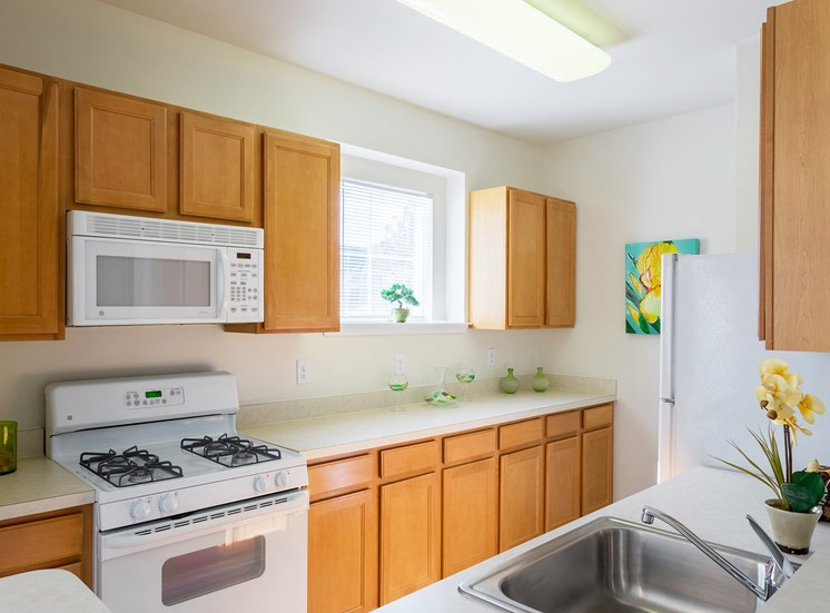 Avenel at Montgomery Square - Spacious kitchens
