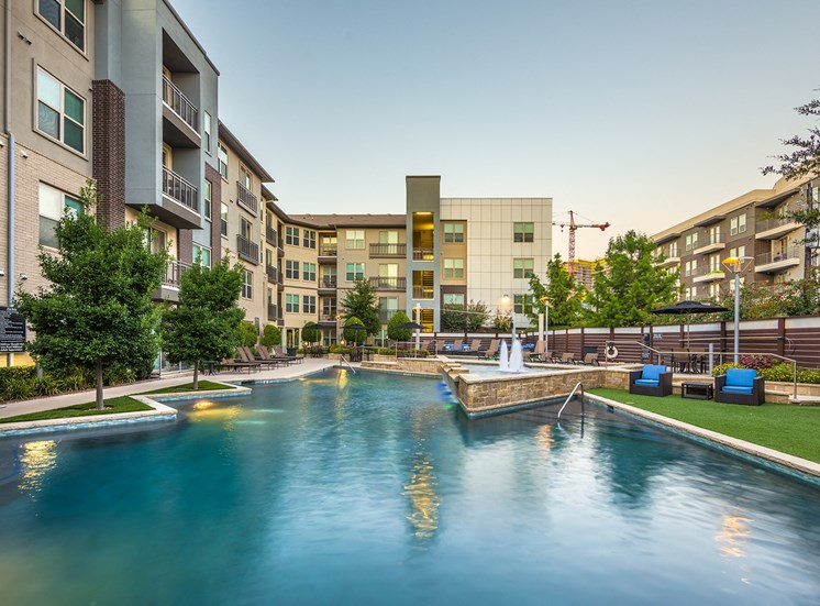 AVANT on Market Center - Personal patios and balconies in select units